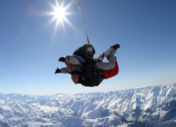 SKYDIVE FACE A L'EVEREST VAL D'ISERE